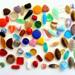 Stláčané sklenené perly